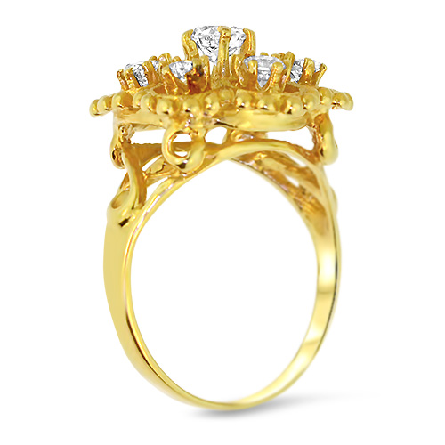Vintage Diamond Cluster Ring Profile