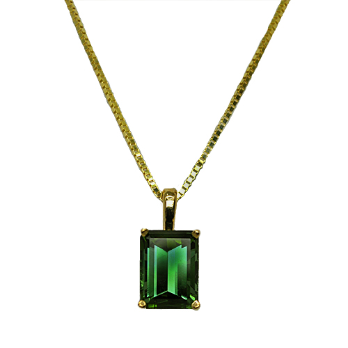 maine green tourmaline pendant in yellow gold