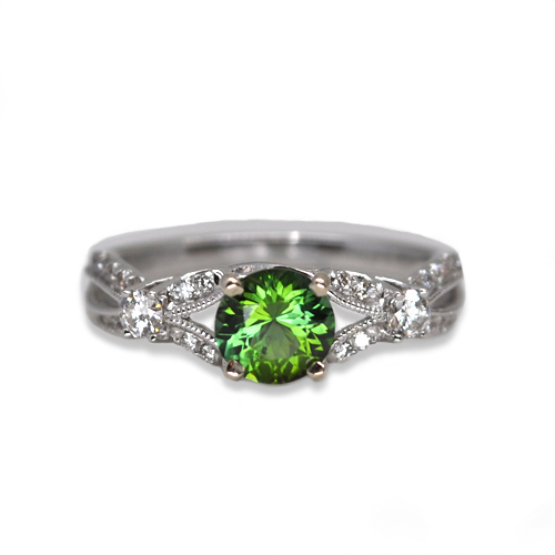 maine green tourmaline and diamond ring
